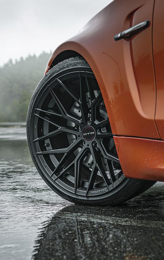 BMW 1M GTR Auto